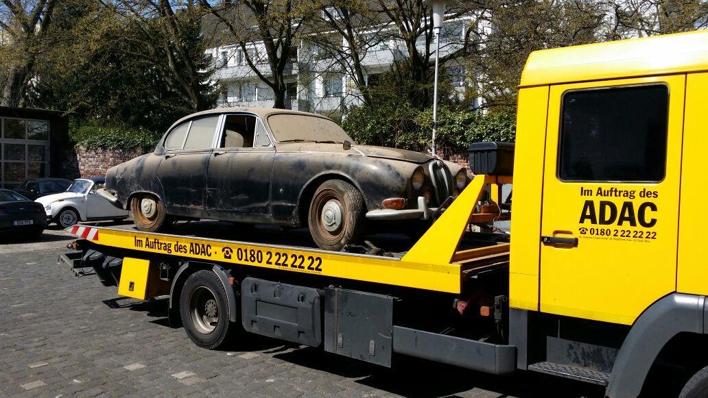 2punkt0-automotive   The good old Times – OLDTIMER JAGUAR aus dem Jahre 1965